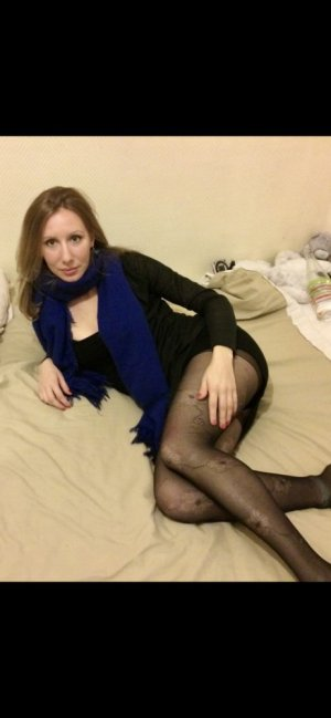 Jofrette sex treffen escort Teterow